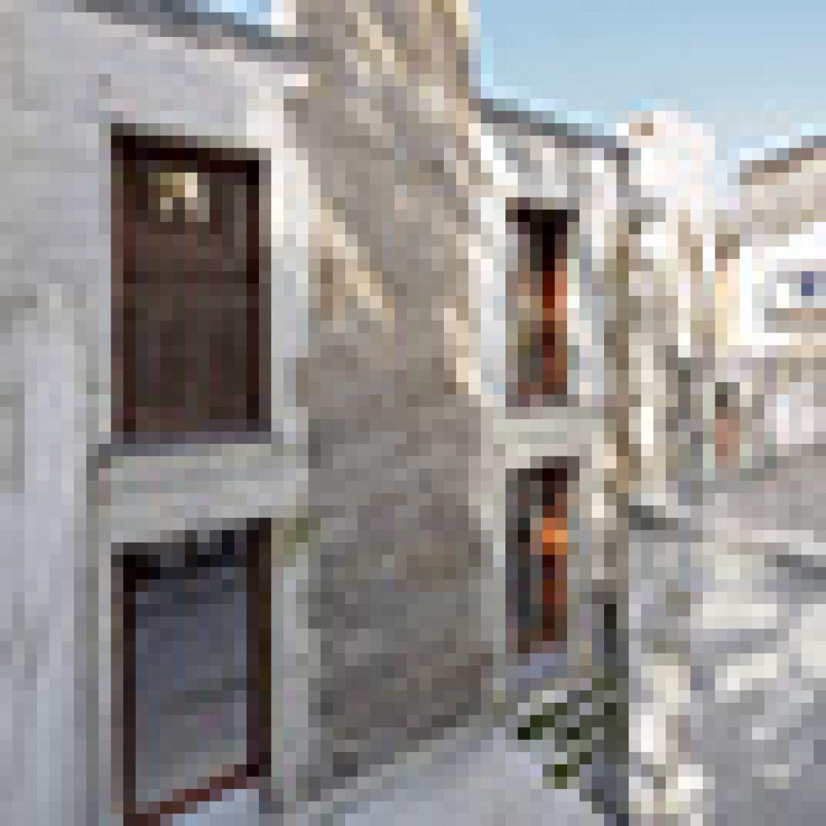 Reestructuracion viviendas rúa Fererria 45-47. Vigo